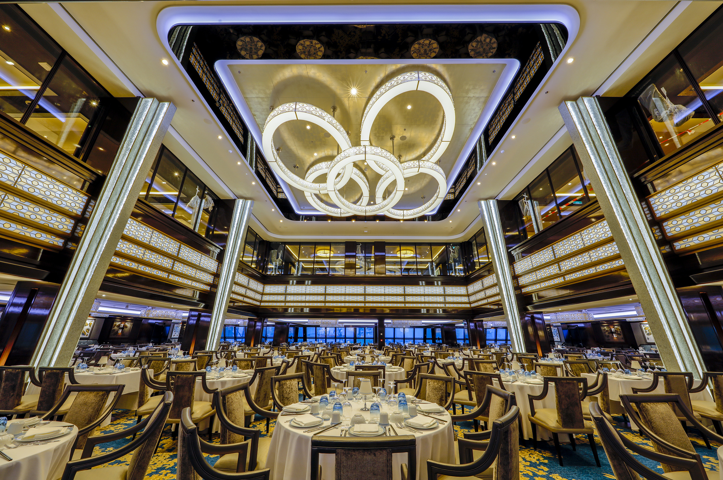 Norwegian Joy_Manhattan-Restaurant