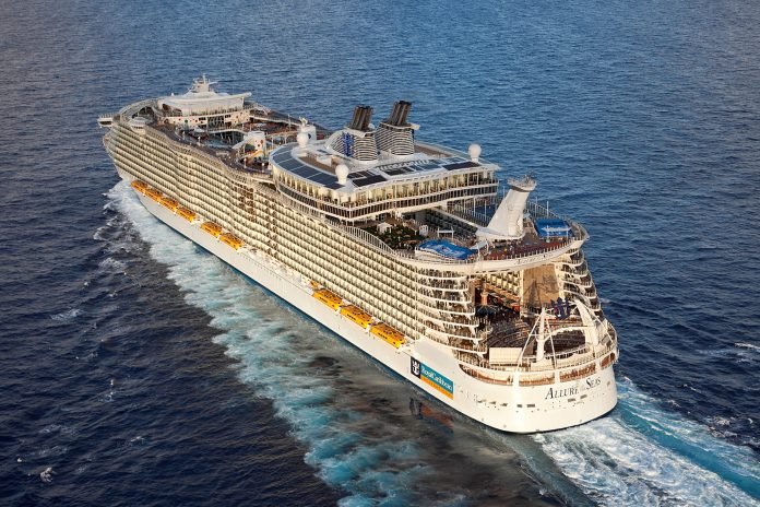allure-of-the-seas-rueckansicht