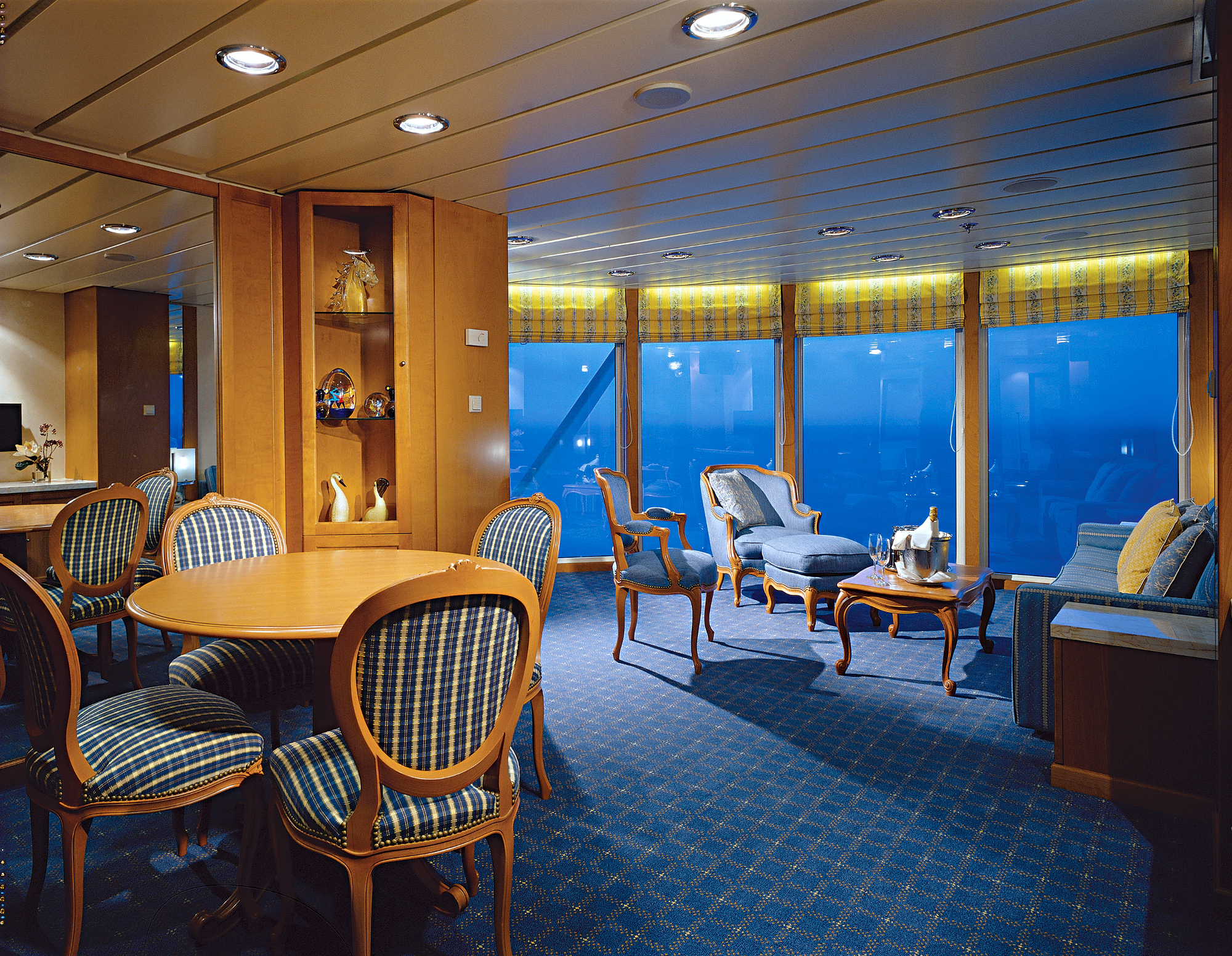 celebrity-cruises-constellation-suit-kabine