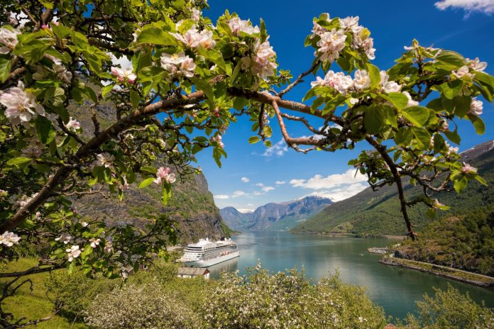 explorer-of-the-seas-fjord