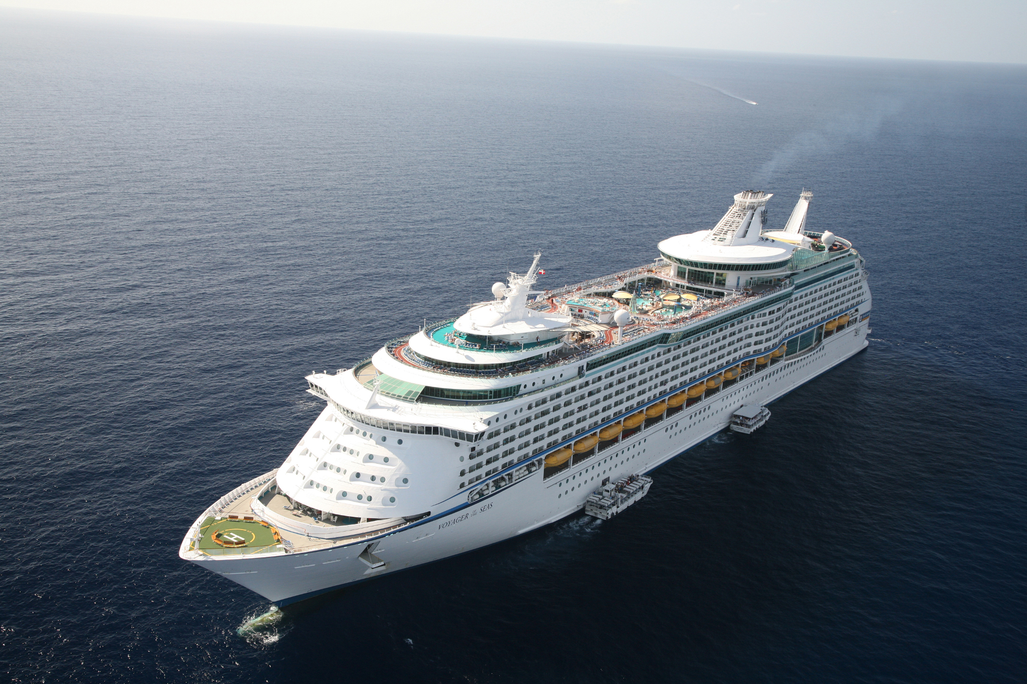 royal-caribbean-international-schiff-vogelperspektive